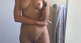 Toute nue et torride